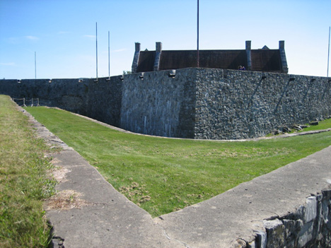 Approaching Fort Ticonderoga, Note The Roof Above The Wall