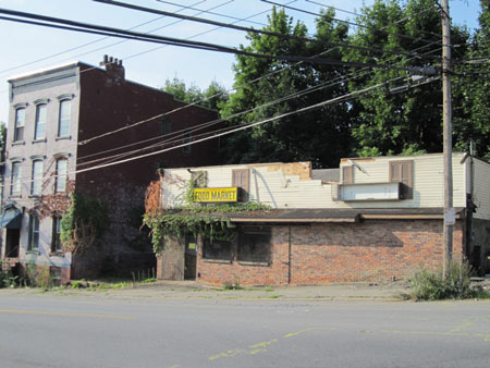 Former Scavo's Market On Morton Avenue To Be Replaced By Housing