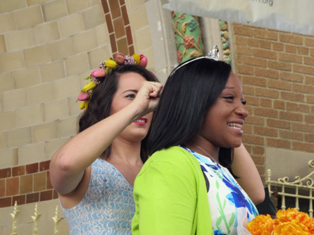 The Old Queen Crowns The New Tulip Queen